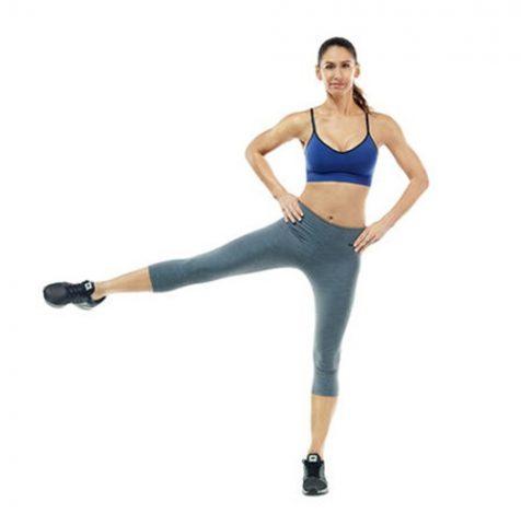 Bài tập Aerobic giảm mỡ bụng đơn giản tại nhà - Bài 3: đá chân