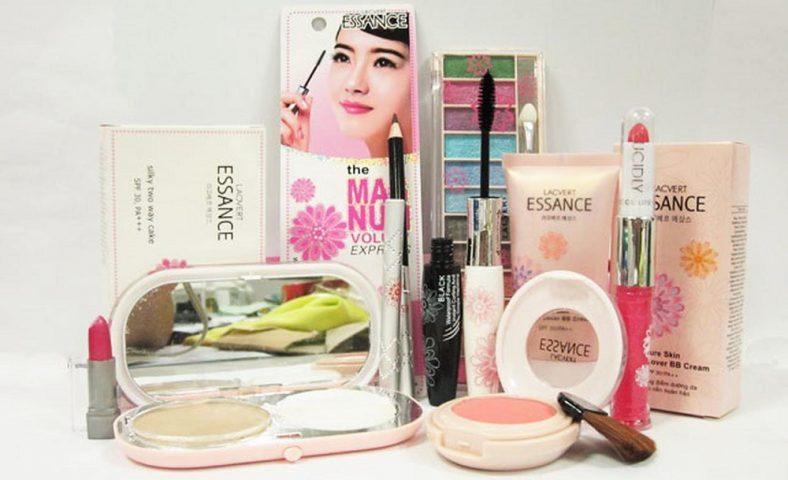 Bộ makeup Essance 8 món