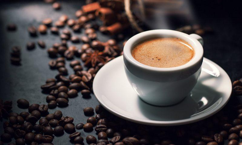 ăn gì để giảm cân - cà phê