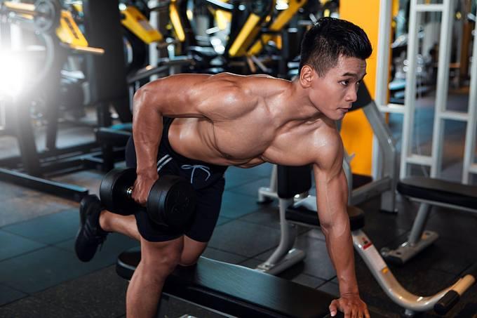 Tập gym giảm cân đúng cách cho người béo phì