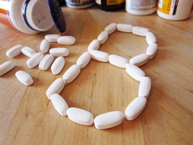 Cách làm trắng da mặt cấp tốc bằng vitamin B1