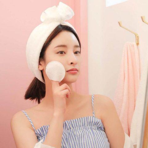 Lý do nên thực hiện cách rửa mặt đúng cách mỗi ngày
