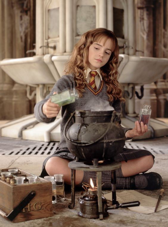Emma Watson là ai mà trở thành cảm hứng làm đẹp