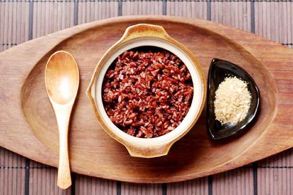 ăn gì để giảm cân - gạo lứt