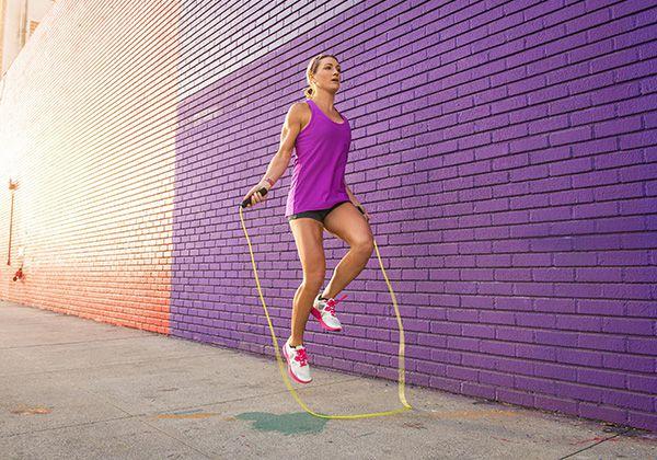 bài tập thể dục giảm cân sau sinh hiệu quả - nhảy dây