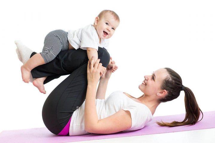 Tập yoga giảm cân sau sinh mổ