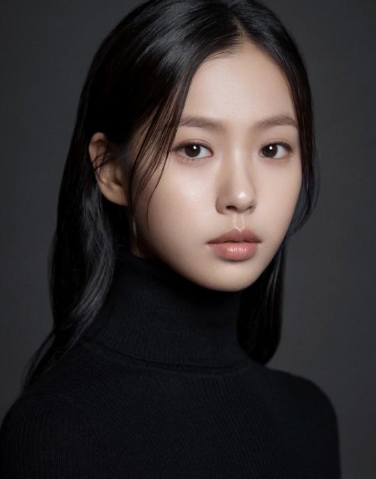 Cô nàng Go Min Si tài năng