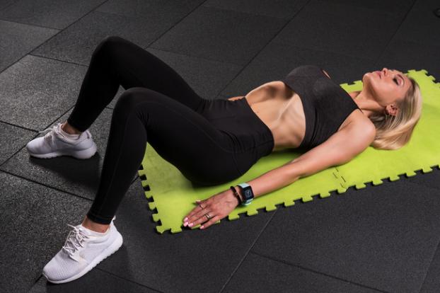 hóp bụng - bài tập aerobic giảm mỡ bụng
