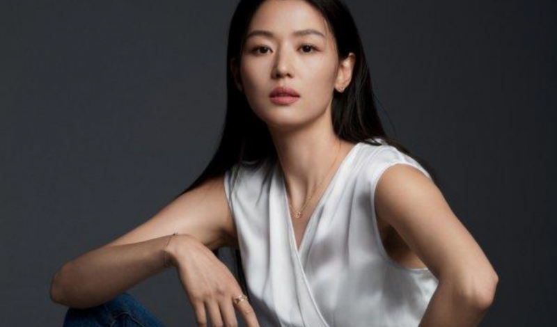 """Màn tái xuất của """"Mợ chảnh"""" Jun Ji Hyun trong bộ phim Mount Jiri được mong đợi nhất Hè 2021"""