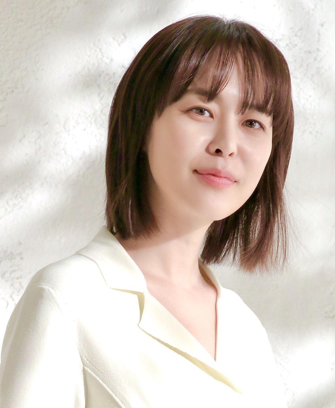 Nữ diễn viên Lee Ha Na là ai