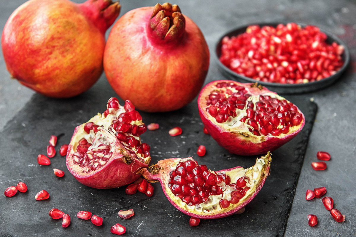 lựu - các loại trái cây nên ăn vào bữa sáng