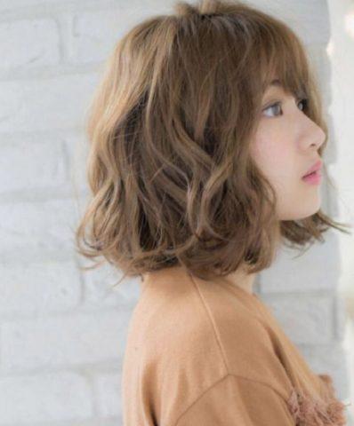 Tóc màu hạt dẻ khói - Sự lựa chọn hoàn hảo cho cô nàng cá tính