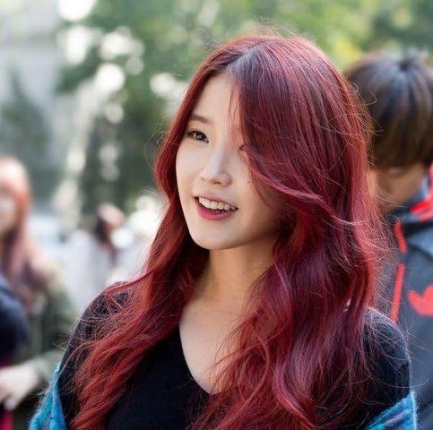 Màu tóc đỏ đồng màu tóc cho da ngăm đen
