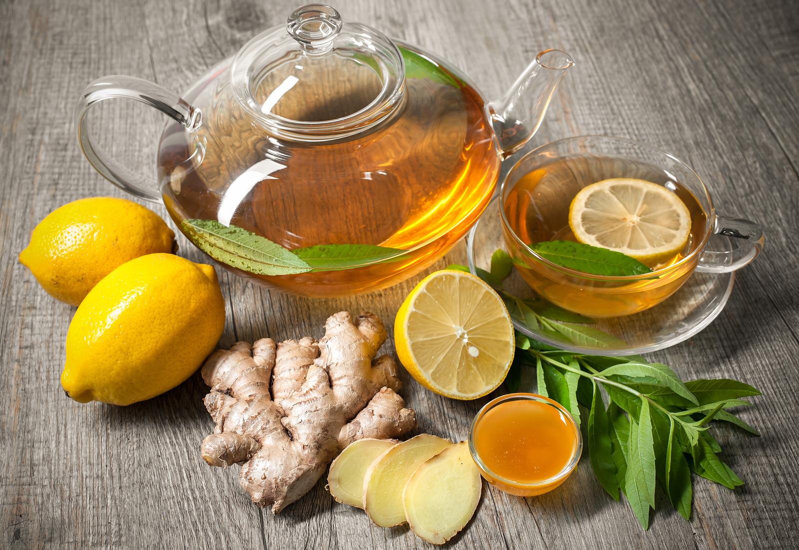 Pha trà gừng giảm cân với chanh