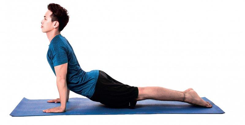 Cách giảm cân cho nam bằng việc tập Yoga nằm tại chỗ