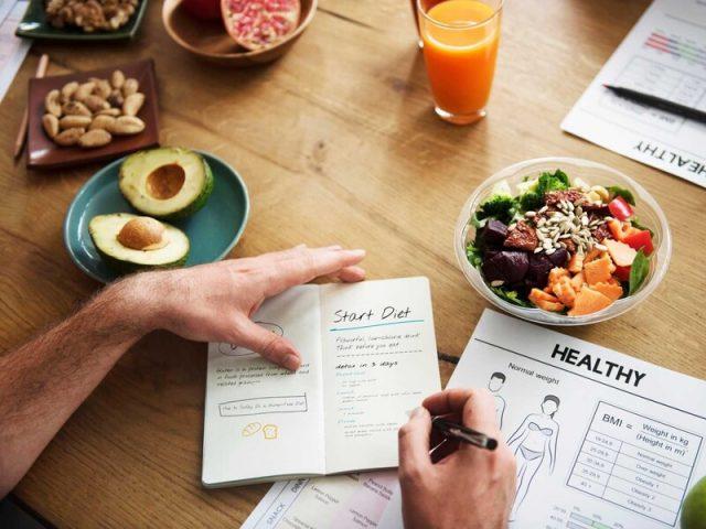 thực đơn 3 bữa cho người giảm cân