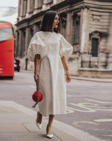 Danh sách những bộ váy đẹp, thời trang nhất mùa Xuân Hè 2021