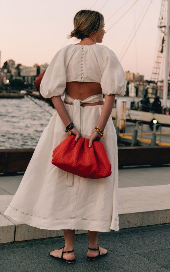 những bộ váy đẹp trở thành xu hướng thời trang 2021