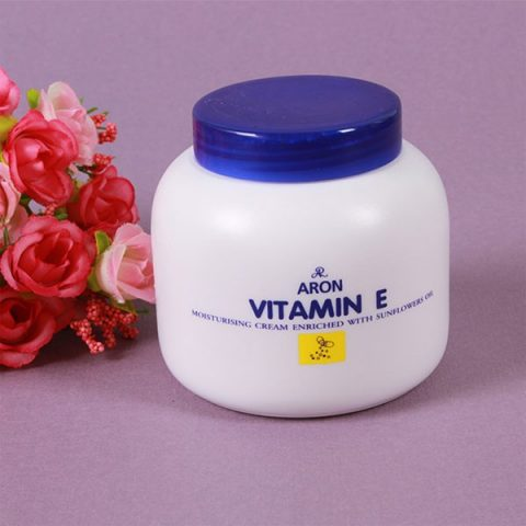 Kem dưỡng ẩm vitamin E Thái Lan Aron