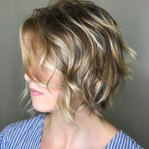 Kiểu tóc ngắn gợn sóng Wispy