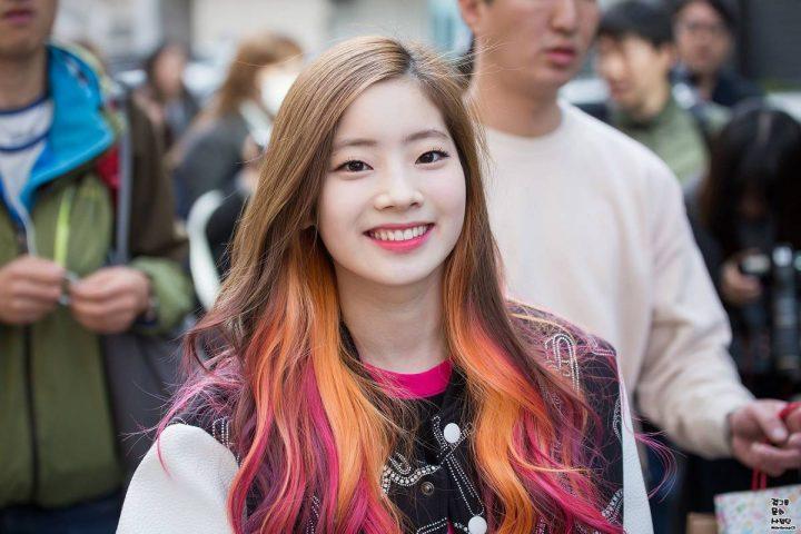 Màu tóc nhuộm vàng hồng cũng là kiểu tóc nhuộm luôn được ưa chuộng