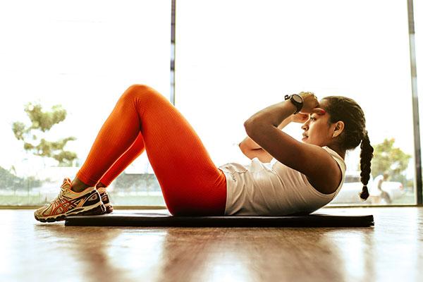 Bài tập thể dục gập bụng là cách tốt nhất để có cơ bụng 6 múi