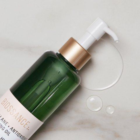 Dầu tẩy trang có thực sự cần thiết trong quy trình dưỡng da của bạn không?