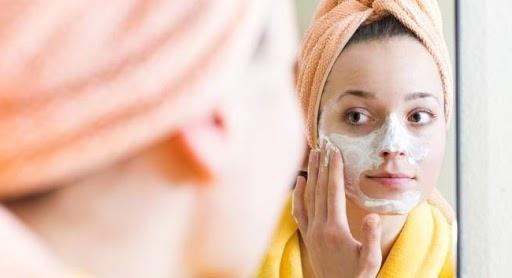Có nên triệt lông mặt không?