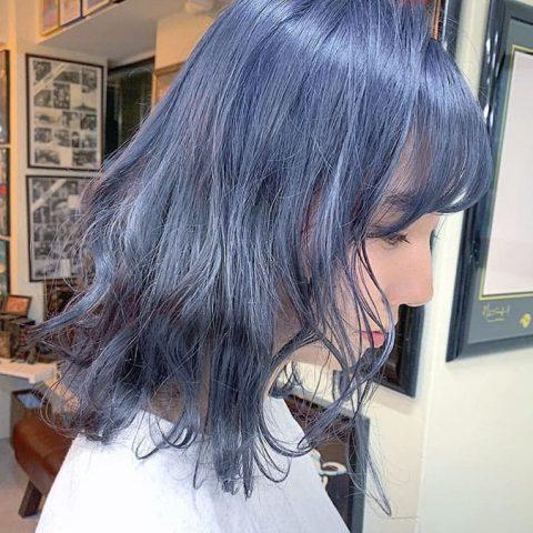 Màu tóc xanh khói, Nhuộm tóc màu xanh khói ánh tím