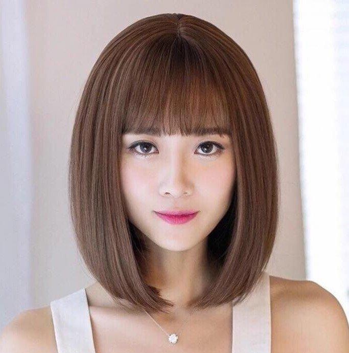 Tóc ngắn Hàn Quốc mái thưa nhuộm màu nâu tây