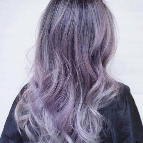 Tóc tím khói - Màu tóc cho da ngăm làm xiêu lòng các chị em