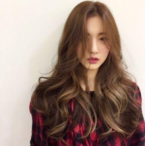 Nâu gỗ - Những màu tóc không cần tẩy tôn da cho nữ