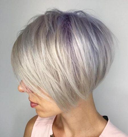 Kiểu tóc ngắn ép cụp không mái nhuộm highlight