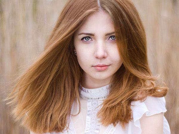 Tóc màu nâu vàng mật ong - Màu tóc nâu vàng đẹp giúp làn da trắng sáng