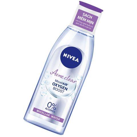 Tẩy trang cho da dầu mụn với Nivea cực hiệu quả