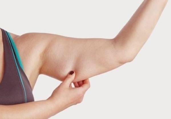 Massage giảm mỡ bắp tay