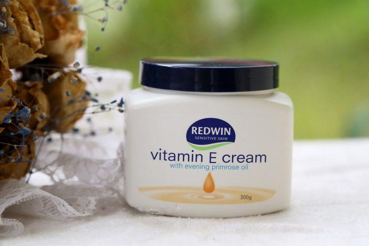 Kem dưỡng ẩm vitamin E Úc Redwin