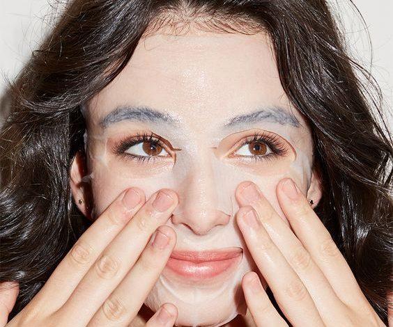 Bạn đã biết dùng nước muối sinh lý để chăm sóc da hiệu quả bất ngờ chưa?