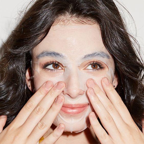 Mặt nạ dưỡng da nước muối sinh lý