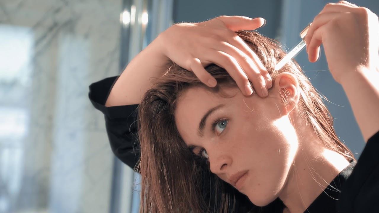 Cách chăm sóc tóc bằng việc sử dụng dầu dưỡng