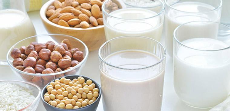 sữa nóng - Các loại thức uống giảm cân trước khi ngủ