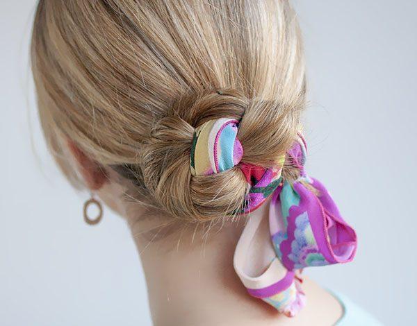 Cách tạo kiểu tóc khi đeo khẩu trang để bạn trông vẫn xinh đẹp trong mùa COVID