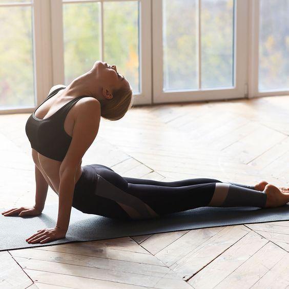 Tư thế rắn hổ mang -  Yoga tăng cường đề kháng