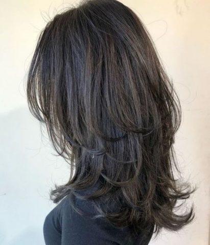 Cắt tóc layer nữ tầng cao
