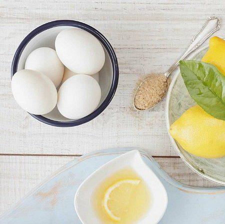 Cách tẩy da chết tại nhà bằng chanh và lòng trắng trứng gà