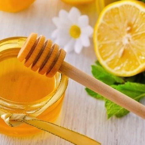Cách trị mụn bọc tại nhà bằng chanh và mật ong
