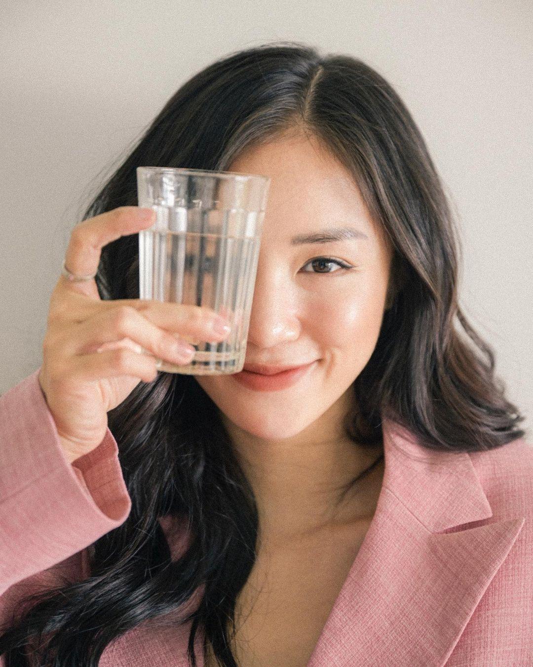 Uống Nước Không Ăn Có Giảm Cân?