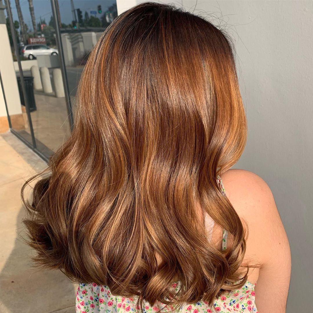 cách pha thuốc nhuộm tóc chuẩn salon