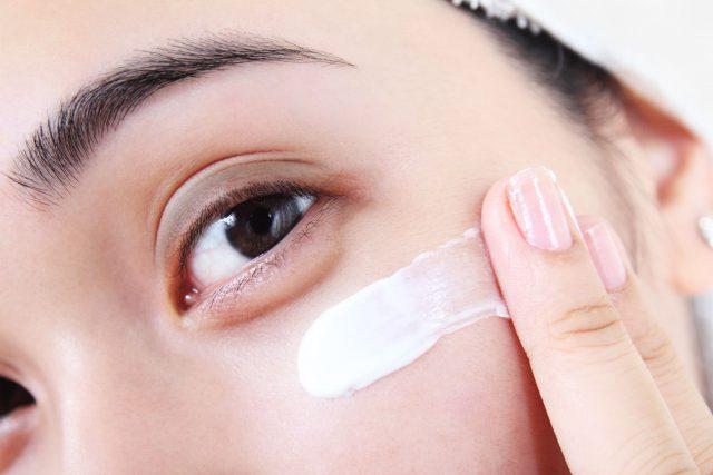 Cách trị nếp nhăn ở mắt và các biện pháp ngăn ngừa hiệu quả