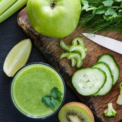 cách uống nước ép cần tây giảm cân với chanh và táo